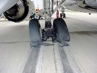 Parking_Brake_Set_for_Landing2