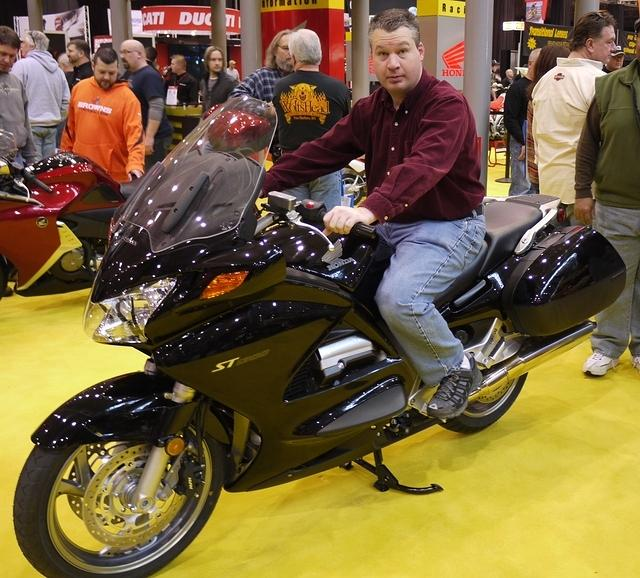 2011 Motorcycle show 010